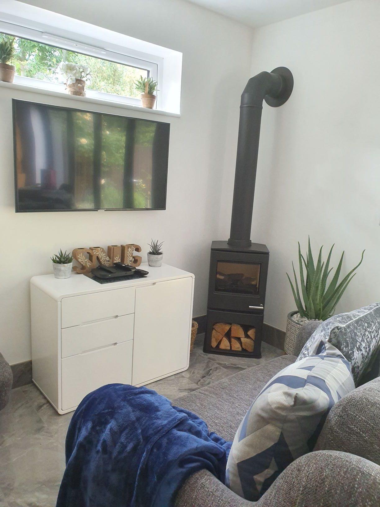 Yeoman CL5 balance flue stove